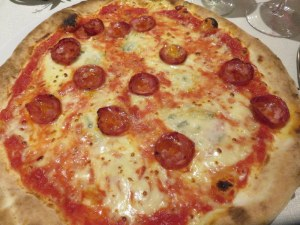 Spicy salame and red peppers, a classic Pizza Diavolo with good mozzarella and tomato sauce.