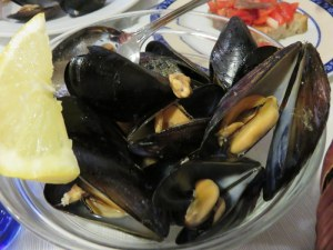 Mussesl -- or cozze -- plump and delicious. I could eat these all night.