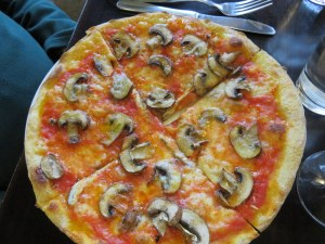 Two of our party ordered the funghi, a simple pizza that can be problematic with moisture. The crust stood up to the challenge. The addition of optional anchovies gave a flavor contrast.